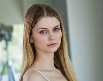 Bunny Colby (Nadya Nabakova): биография, фото, фильмография