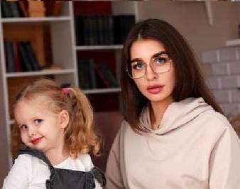 Лейла Мешкова: биография и фото блогера
