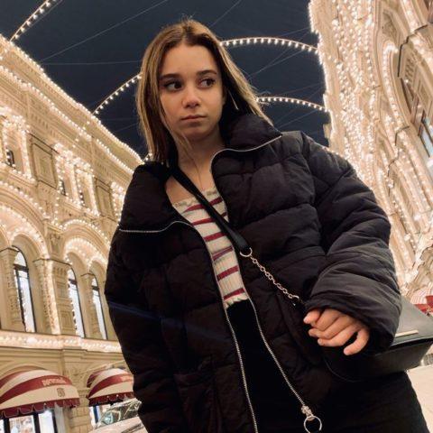 Ника Лейтинк: биография, фото, возраст, рост и вес
