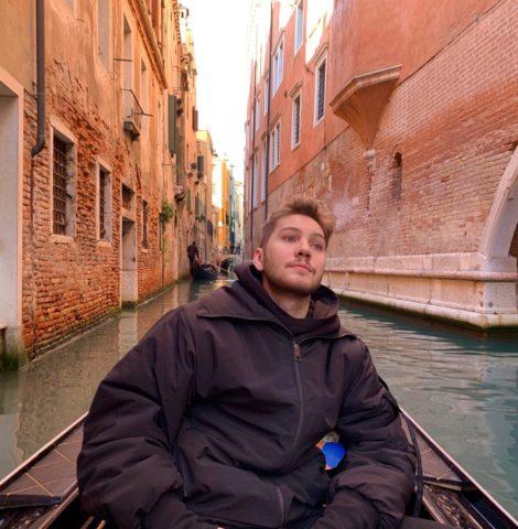 Блогер Аид (Вячеслав Ронжин): биография, возраст, откуда родом