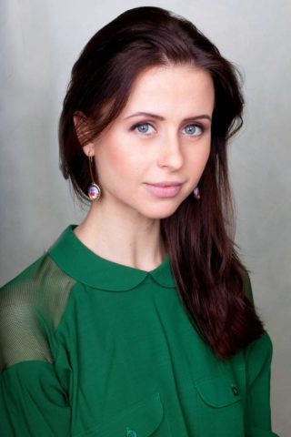 Мирослава Карпович, в жизни и на экране. Личная жизнь и работа талантливой актрисы