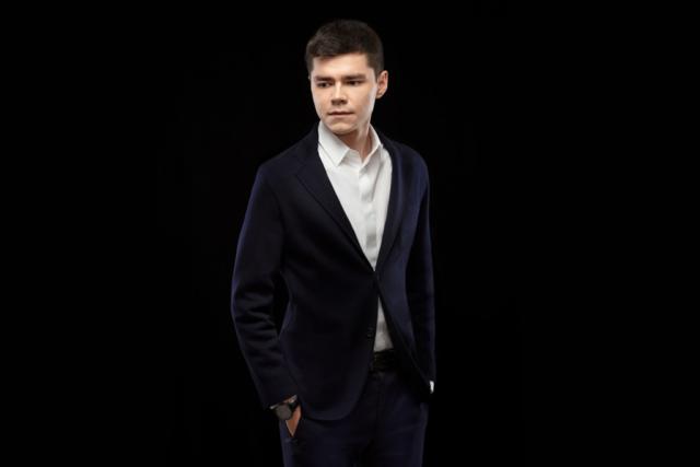 Аяз Шабутдинов: биография, личная жизнь, фото