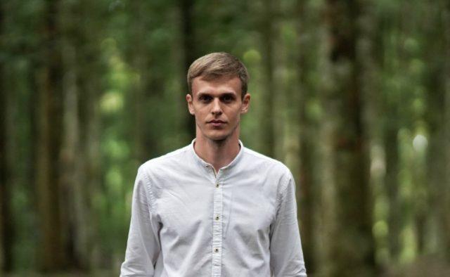 Стас Ерник: биография, возраст, канал на Ютуб, видео, фото