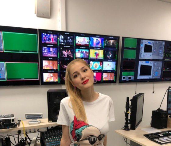 Дарья Филиппова: биография телеведущей, актрисы, фото