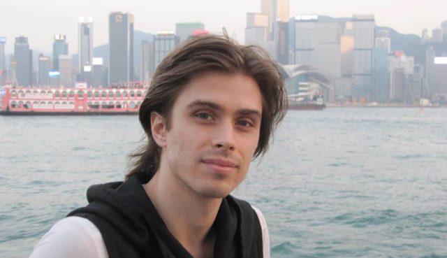 Артем Овчаренко: биография, личная жизнь