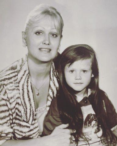 Ангелина Миримская: биография, семья, родители, где снималась, как зовут дочь, рост, вес