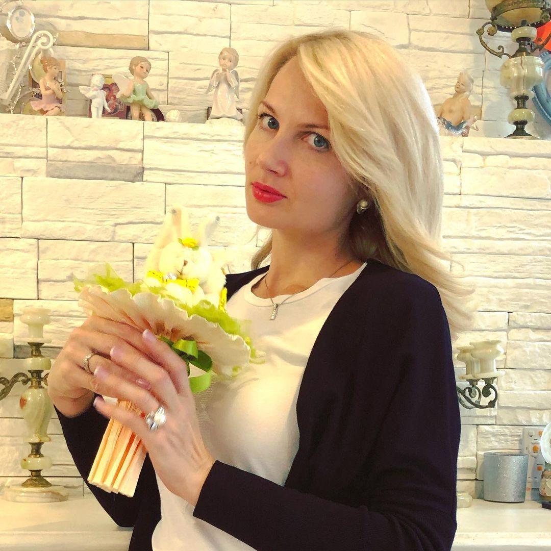 Олеся Лосева: биография ведущей, родители, возраст, национальность, рост, вес, семья