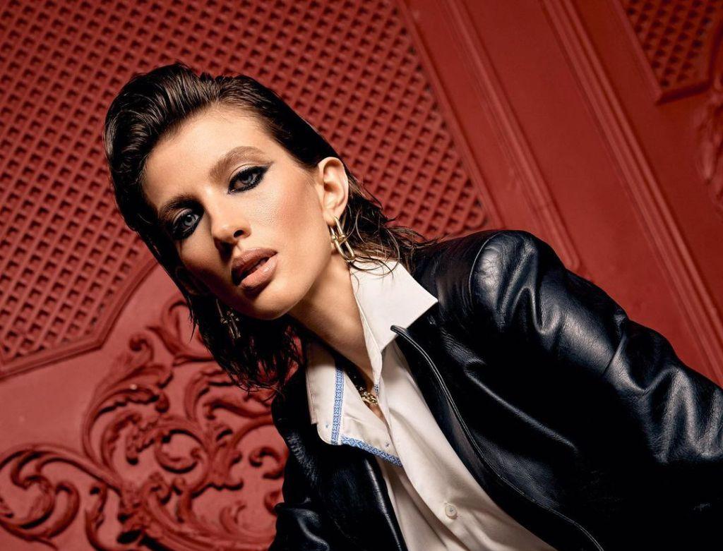 Рома Милова (Татьяна Крохина): биография модели, рост, возраст, мужчина или женщина