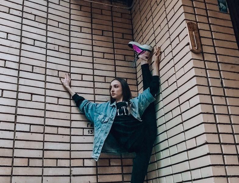 Арина Дубкова (балерина): биография, возраст, родители, «Давай поженимся», «Тик Ток»
